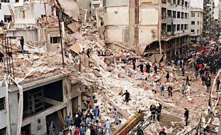 Argentina restart investigations into deadly 1994 bombings and request arrest of Iranian in Russia