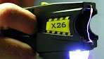 "Controversy over the ""absurd"" implementation of tasers in the Buenos Aires police force"